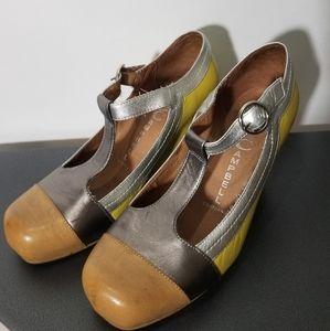 Jeffrey Campbell Yellow Darnell Wedges size 6